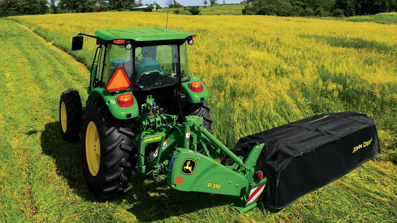 Field image of R310 Disc Mower
