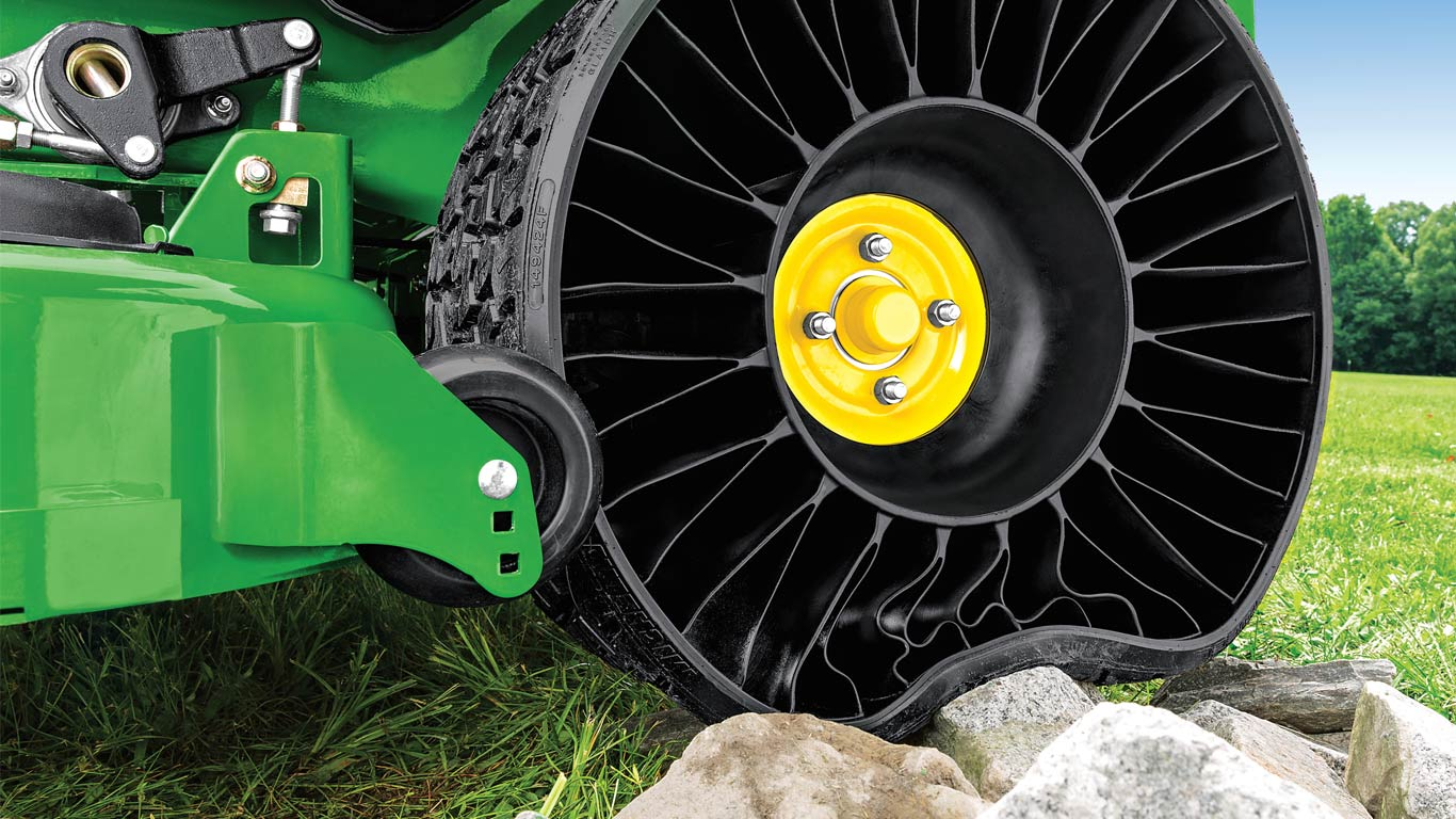 Experience the TWEEL by MICHELIN®