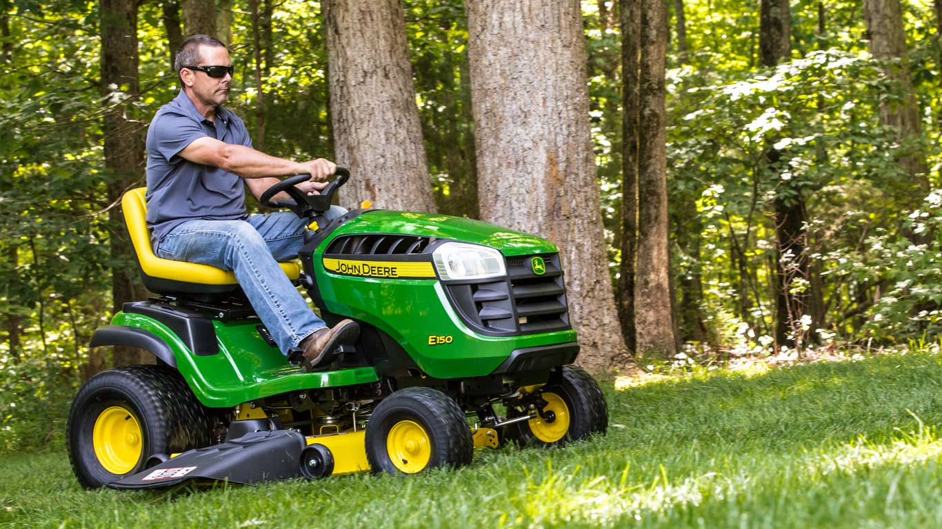 The comfortable lawn tractor. At an affordable price.