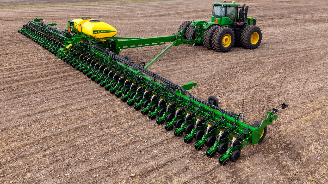Field image of DB88 48Row22 Planter