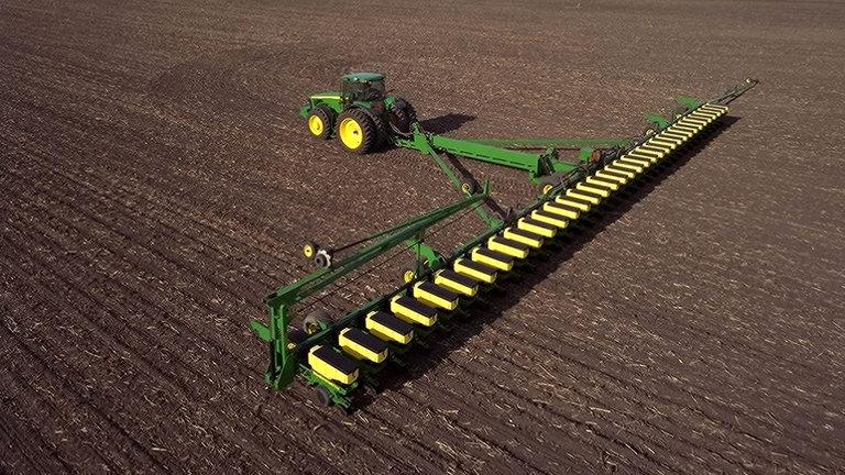 DB90 54Row20 Planter