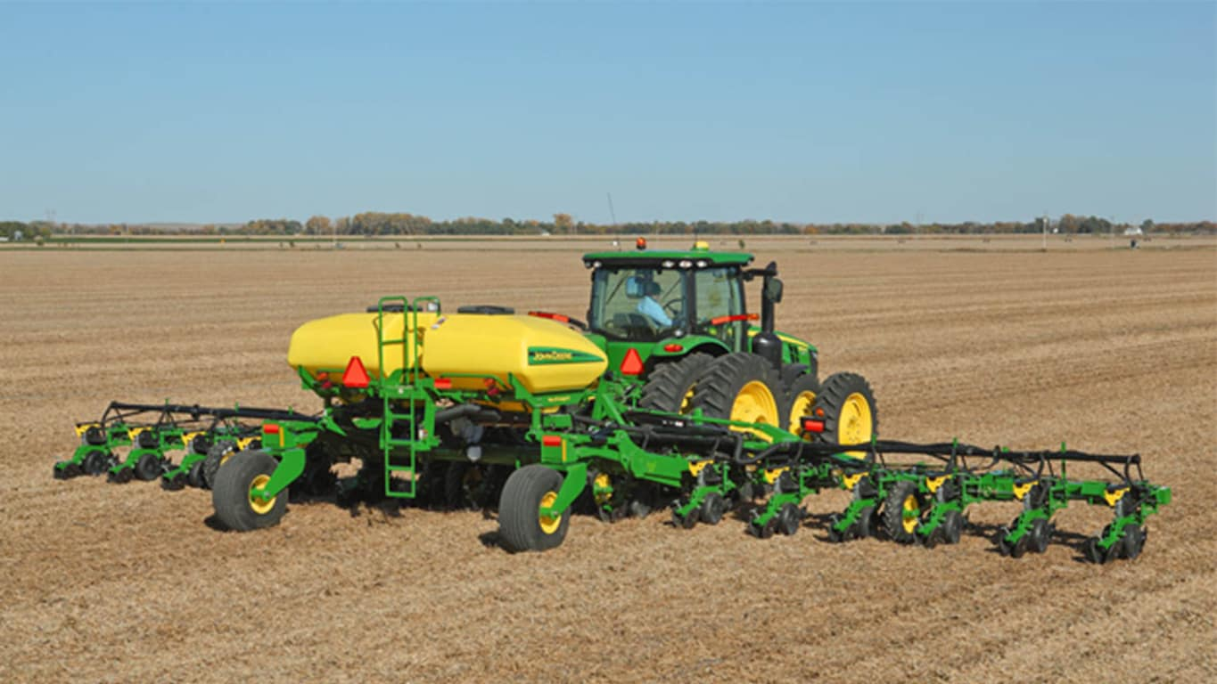 Field image of DR18 Planter
