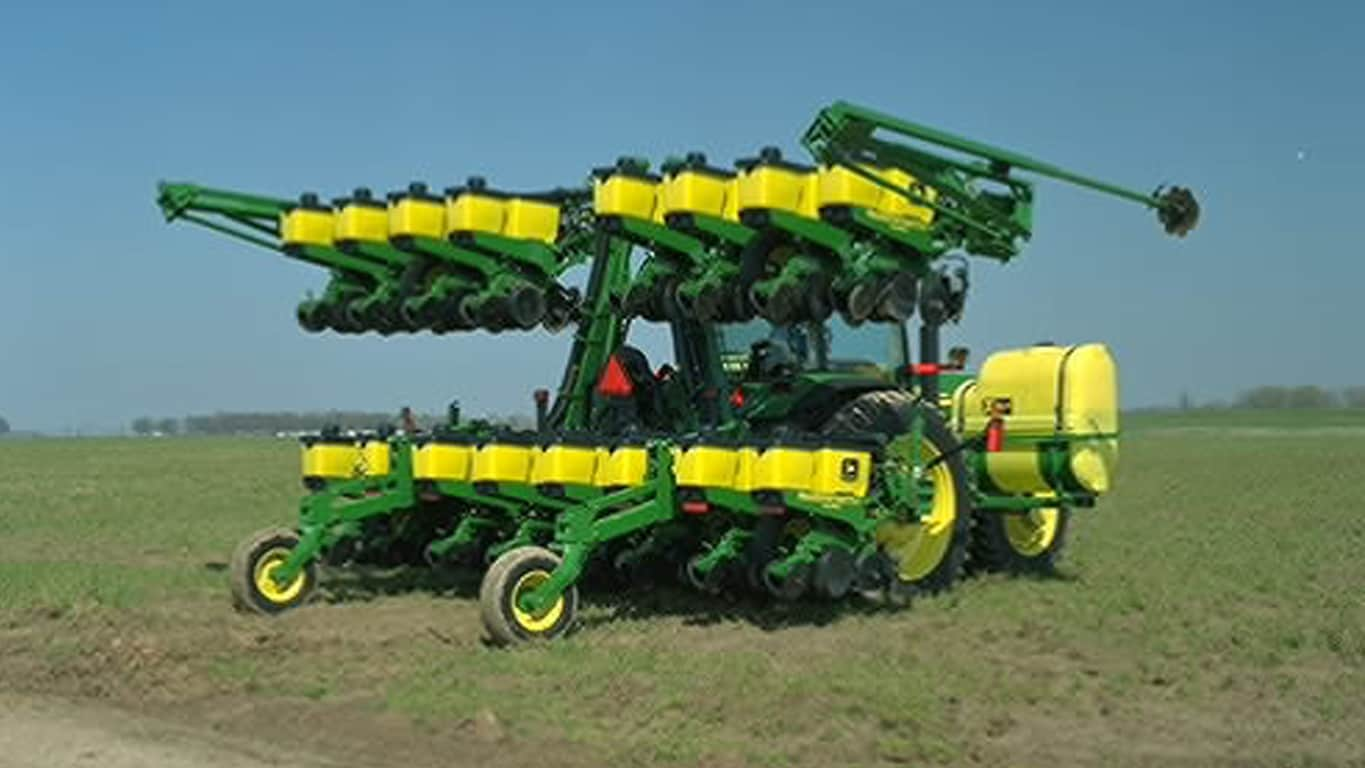 deere tractor planting walsh robert planter in farmer equipment parts precision perfect tonneson dakota planters field lon corn john and