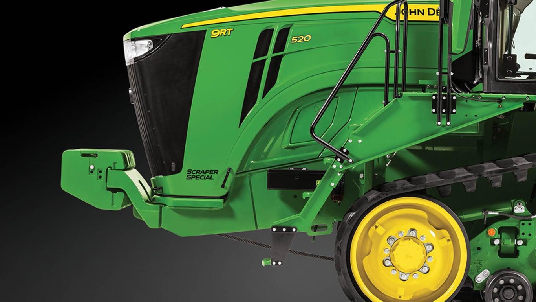 Studio Image of a 9RR 520 Scraper Special Tractor