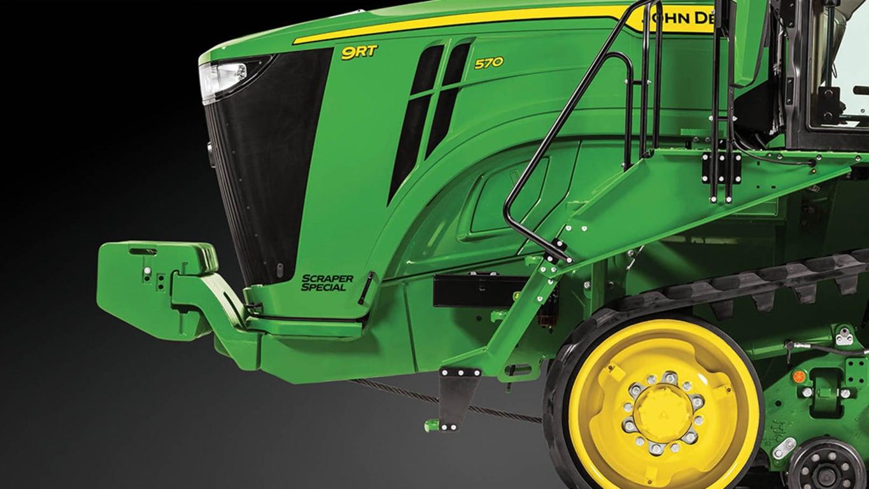 Studio Image of a 9RT 570 Scraper Special Tractor
