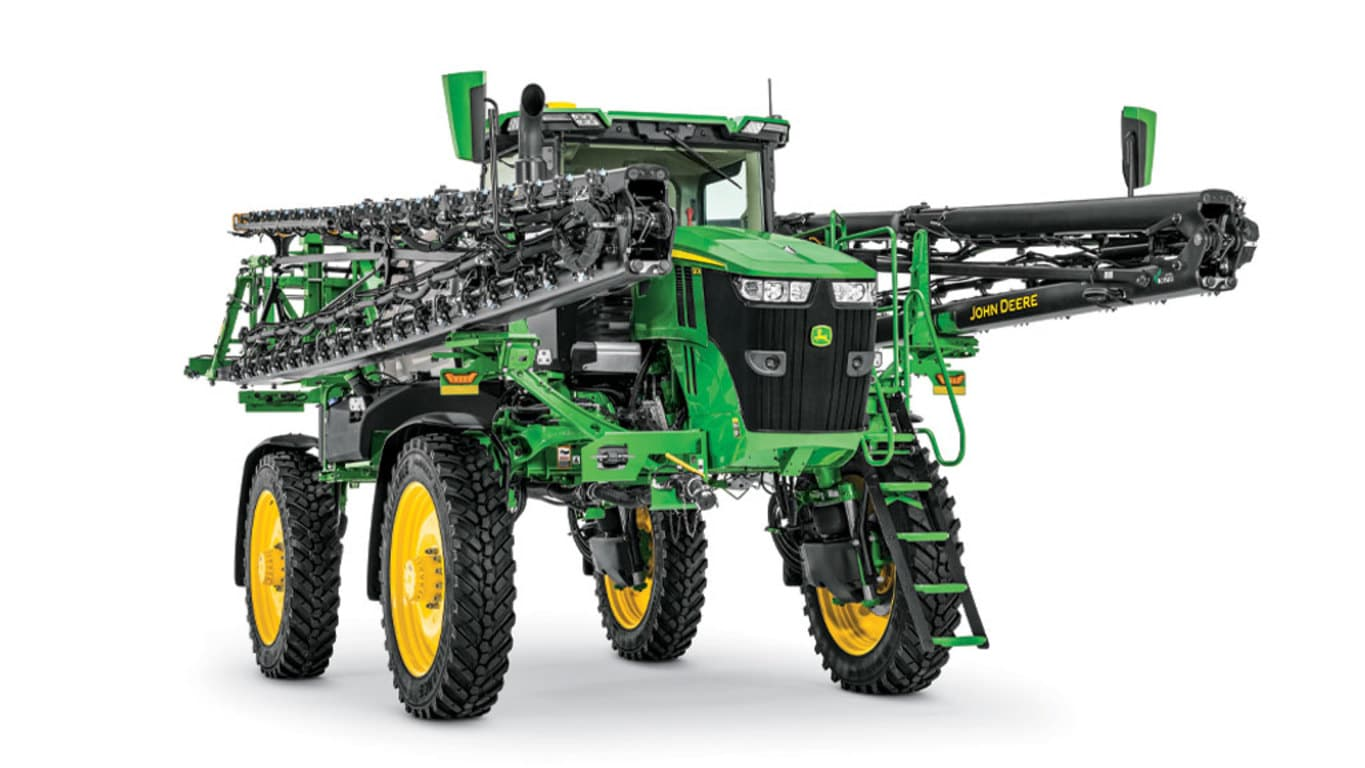 Studio image of 410R Self-Propelled Sprayer