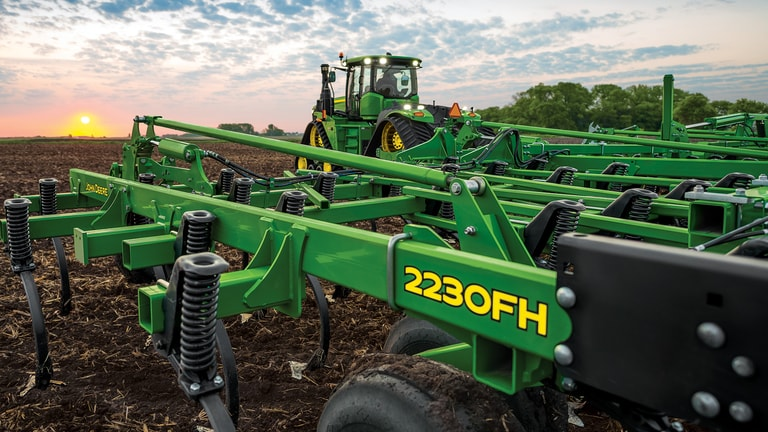 Save 5% on Tillage Equipment†