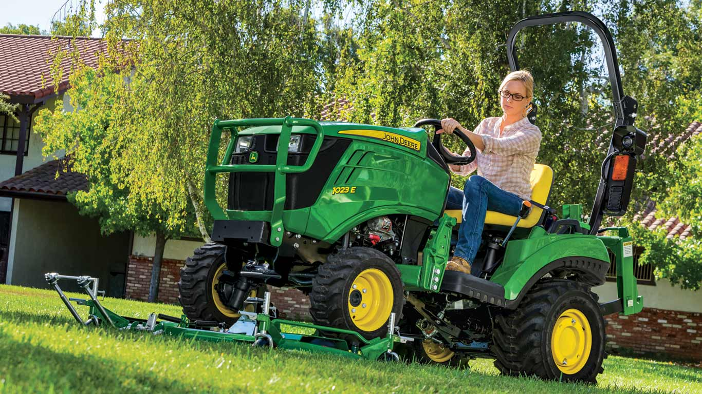 Sub Compact Tractors 22 24hp 1 Family Small