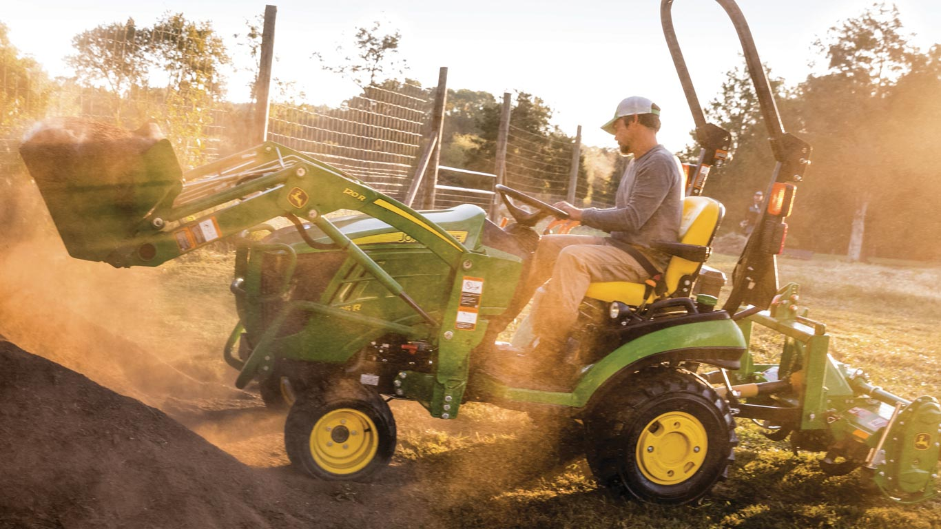 1 Family Sub-Compact Utility Tractors | John Deere US
