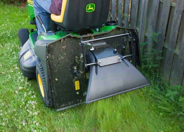 Gator John Deere Prix >> John Deere Rear Deflector Yard And Lawn Care Riding Mower Attachments