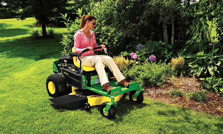 Eztrak Zero Turn Mowers Z200 Series Mowers John Deere Us