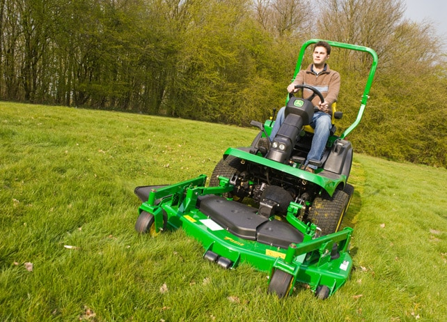 john deere 1435 front rotary mower commercial mowing. Black Bedroom Furniture Sets. Home Design Ideas