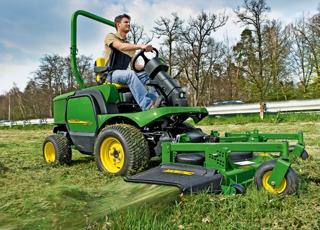 John Deere 1445 Front Rotary Mower Commercial Mowing