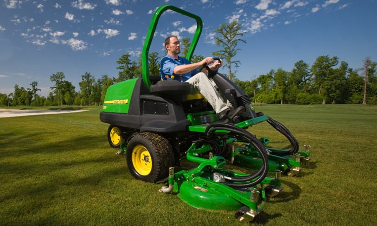john deere front rotary mowers tees surround and rough mowers. Black Bedroom Furniture Sets. Home Design Ideas