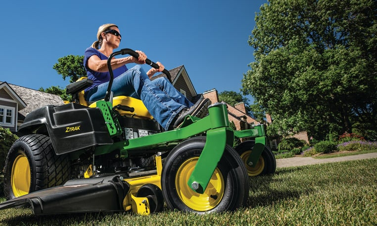 View Deere Days of Summer special offers.