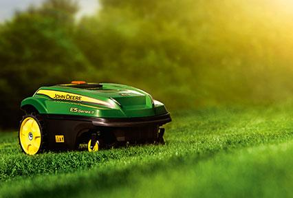 The TANGO E5 Series II is designed to maintain your lawn automatically