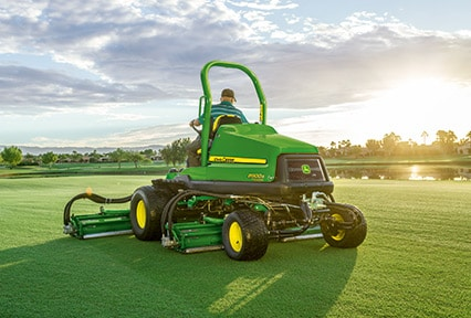 John Deere Fairway Mower 8900A Precision Cut