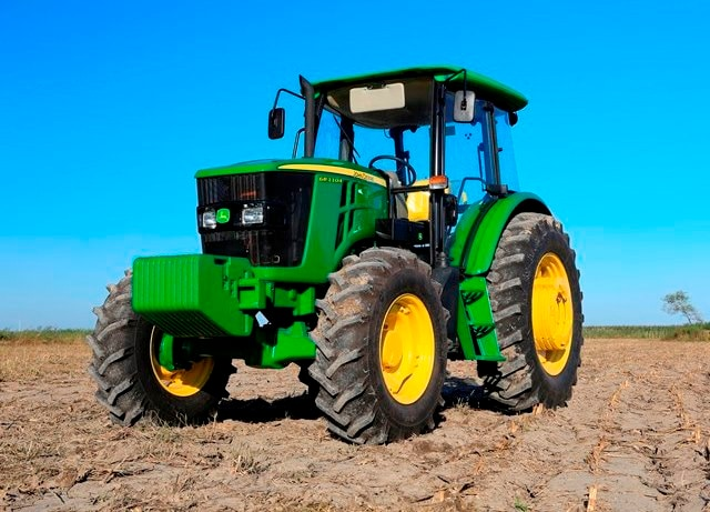 1104 Tractor